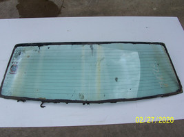 1975 1976 CONTINENTAL TOWNCAR REAR BACK WINDOW GLASS REAR WINDSHIELD USE... - $340.00