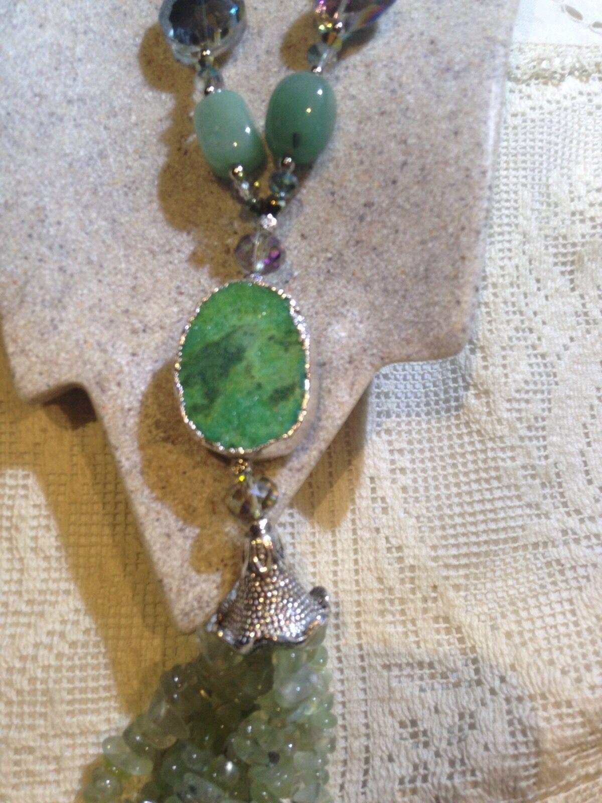 Vintage Handmade Genuine Green Aventurine and Crystal Druzy Stone Necklace