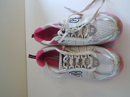 Skechers Flex 8 Women Sneakers Pink and White image 2