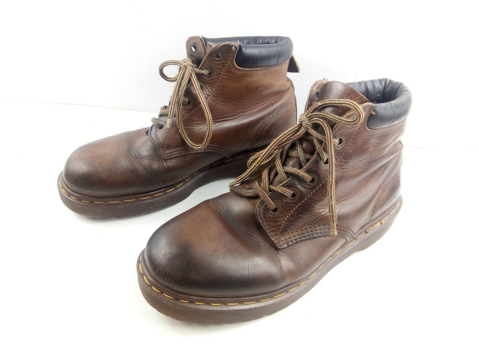 Dr Martens Men's Ankle Boots Leather Chukka Padded Collar Lace Up Work Shoe US11 image 2