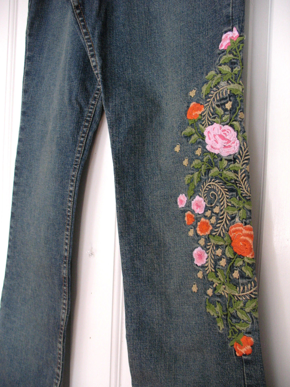 NEW Moon Song Maternity Floral Embroidered Stretch Denim Flare Bootcut Jeans XS