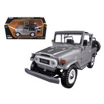 Toyota FJ40 FJ 40 Convertible Silver 1/24 Diecast Model Car by Motormax ... - $37.09