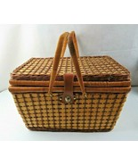 Natural Vintage Wicker Picnic Basket Great Design Mid Century Modern Deco - $50.00