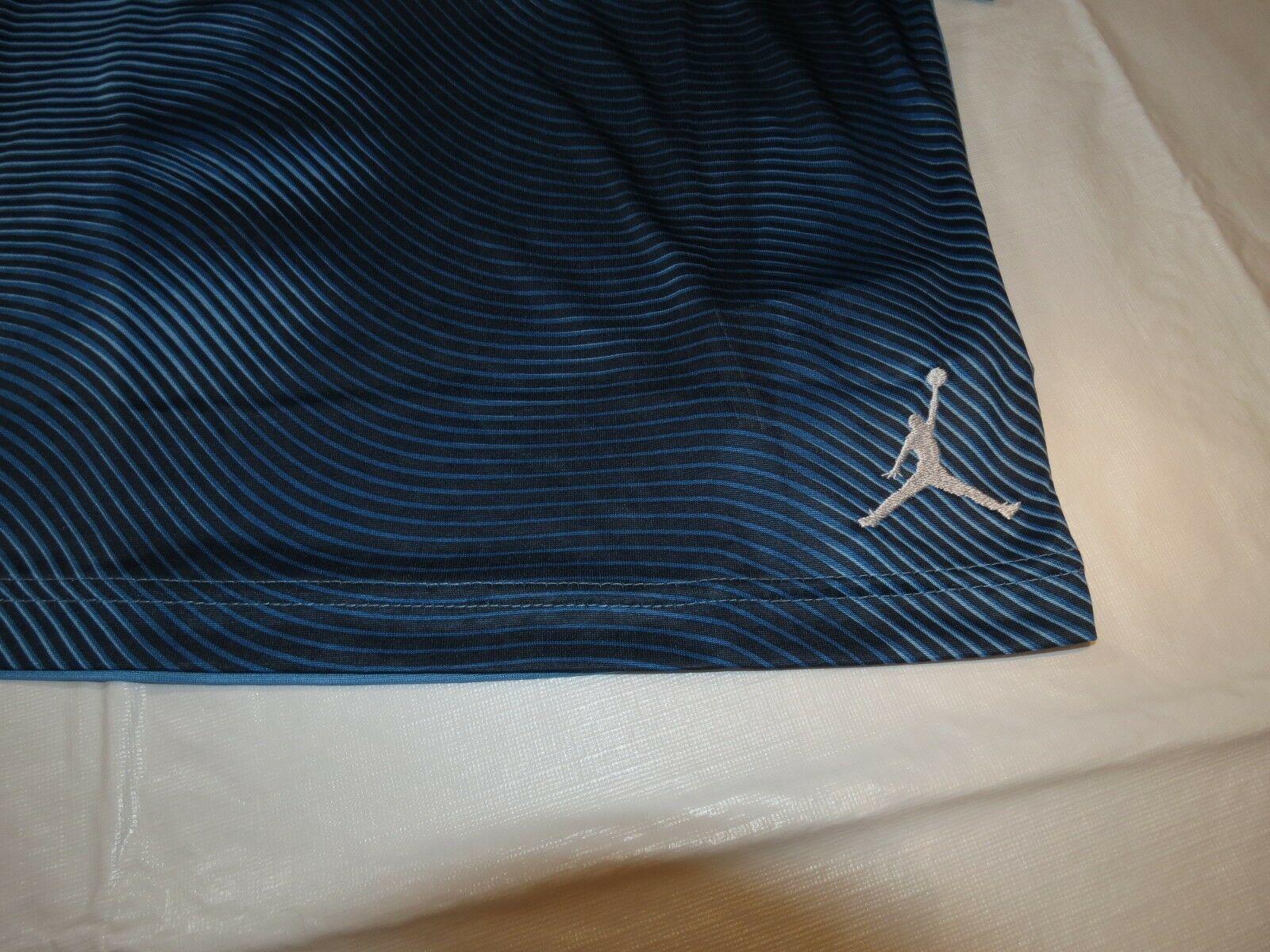 Jumpman Dri-Fit Youth Boys short sleeve t shirt M 10-12 953369 206 Univ Blue image 3