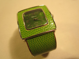 *Working* Electric ANALOG Women's Wristwatch GENEVA PLATINUM [h12c1] - $14.40