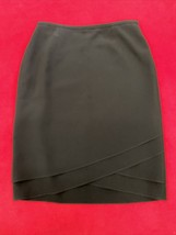 Ann Taylor Black Kneelength Skirt Women's Size 8 - $15.94