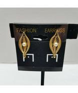 Sara Coventry Filigree Gold Tone Pod Design With Simulated Pearl Clip On... - $18.80