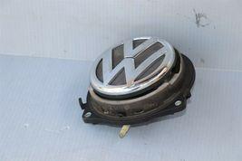 12-16 Volkswagen VW Beetle Trunk Lid Emblem Badge Lock image 3
