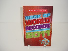Scholastic Book of World Records 2011 Book Reading Home School - $5.84