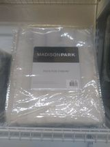 """Madison Park 50"""" x 60"""" Faux-Fur Throw, New & Never Opened! image 1"""