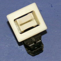 General Electric Dryer : Door Catch (WE1M536 / WE1M1011) {P4930} - $9.89