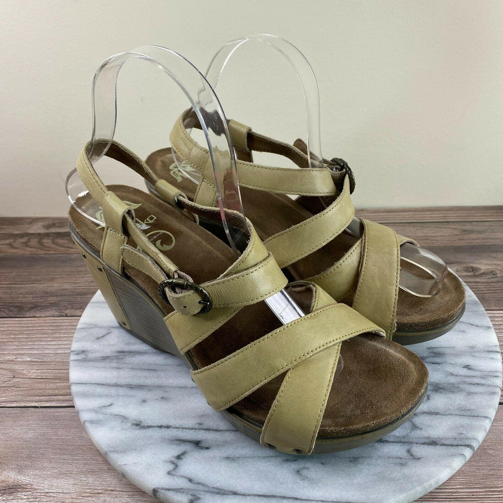 Dansko Frida Beige Leather Criss Cross Strappy Wedge Sandals Womens Size 39/8.5 - $49.95