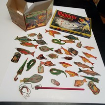 Rare Vintage MAGNETIC FISH POND Game gold metal 42 piece (fx) - $64.35