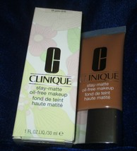 Clinique Stay-Matte Oil Free Makeup-Golden 24 NEW - $24.70