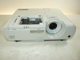 Mitsubishi XD221U DLP Projector Power Light Flashes Does NOT Turn ON AS-IS - $30.00