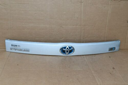 2010-15 XW30 Prius Trunk Lift Gate Handle Garnish Trim Panel Tag Light Cover