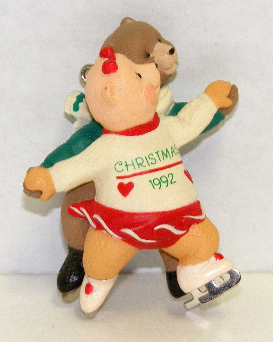 LOVE TO SKATE 1992 Hallmark Keepsake Ornament # QX484-1