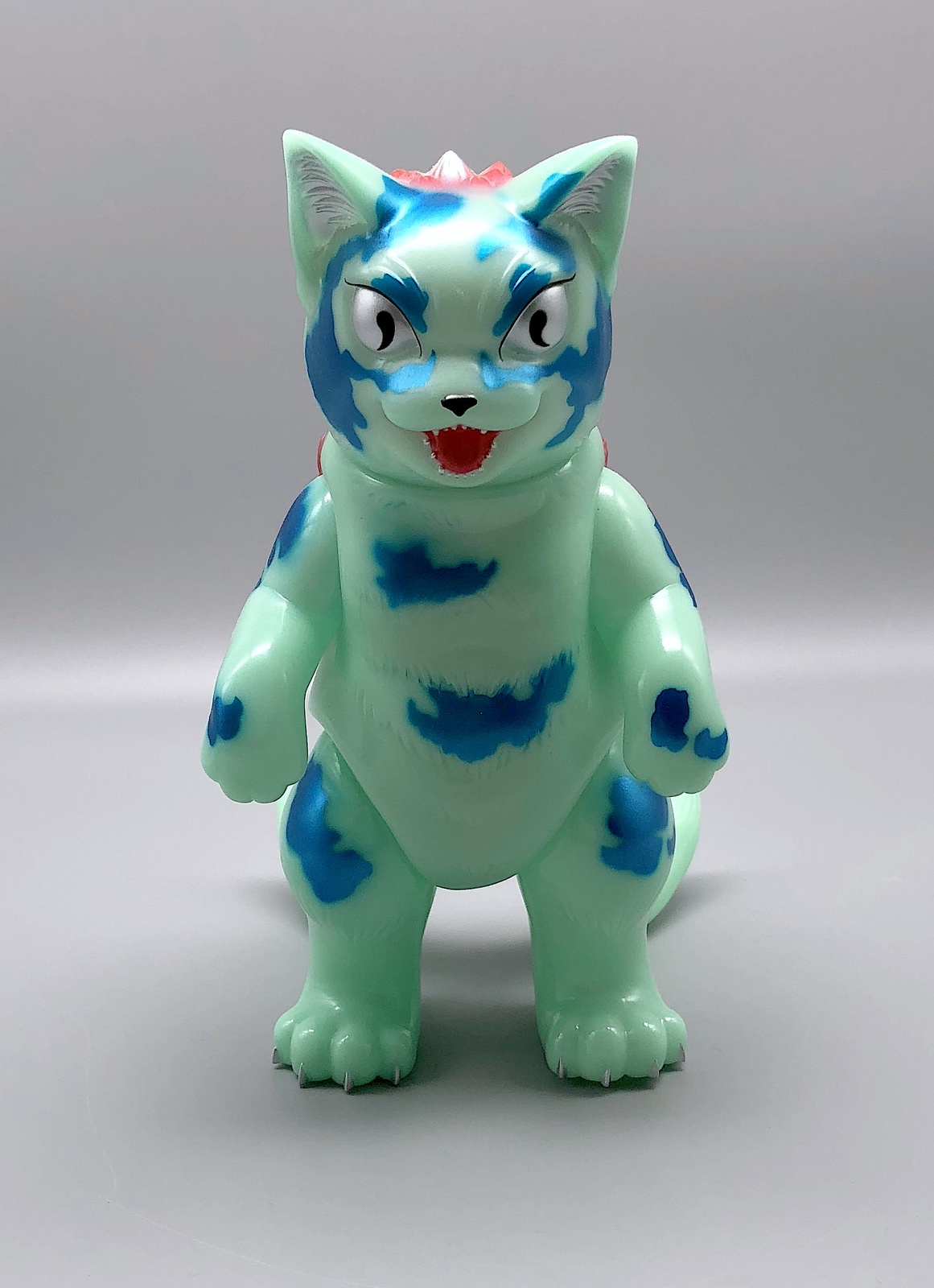 Konatsu GID (Glow in the Dark) Daioh Negora
