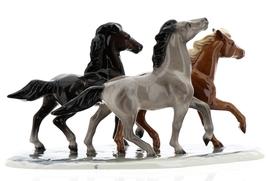 Hagen-Renaker Specialties Ceramic Horse Figurine Wild Mustangs on Base image 5