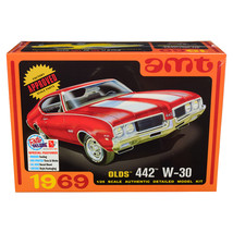 Skill 2 Model Kit 1969 Oldsmobile 442 W-30 1/25 Scale Model by AMT AMT1105 - $44.23