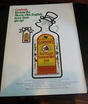 1970 Gordons Gin: Merrie Olde English Keep Their Gin Up Vintage ad MAN C... - $6.80