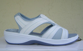 NEW EASY SPIRIT WHITE LEATHER COMFORT SANDALS 8 M $79 - $36.19