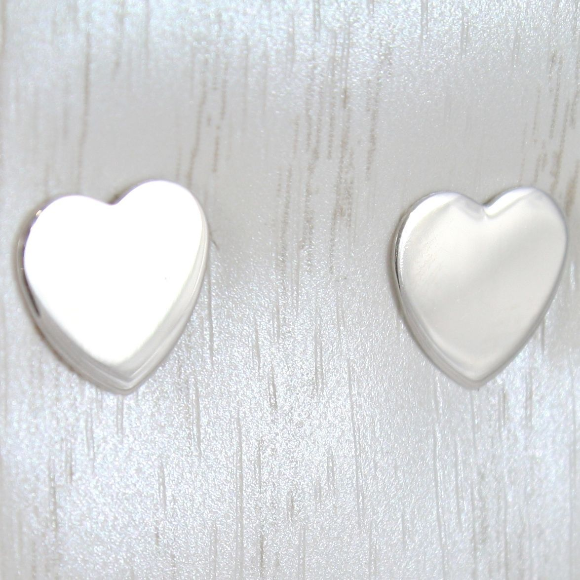 WHITE GOLD EARRINGS 750 18K LOBE, WITH HEART DISH, HEARTS LENGTH 0.9 CM