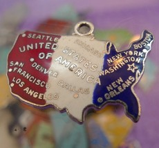 Vintage Wells Sterling Travel Map Charm : RED WHITE & BLUE God Bless Ame... - €20,32 EUR