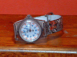 Pre-Owned Lucky LK#12045 Analog Watch - $8.91