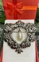 "Vintage AVON ""Romantic Renaissance"" Brooch Pin Silver Tone Marcasite Dro... - $15.22"