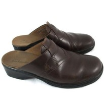 Clarks Brown Leather Slip On Shoes Womans size 8 Casual Comfort - $16.40