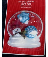 BRAND NEW IN PACKAGE Snow Globe Gift Set for CATS ONLY, Assorted Cat Nip... - $4.94
