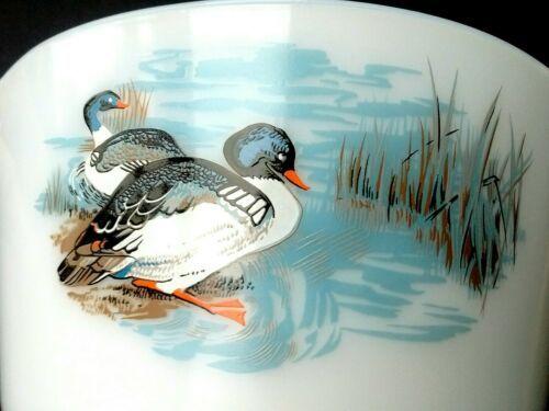 PYREX JAJ 3 Wildfowl/Ducks Lidded Junior Space Saver Casserole Dishes 1961-63