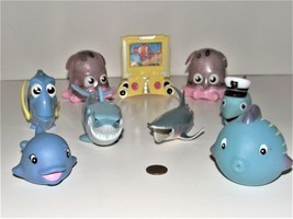 Lot of 9 Disney Pixar Finding Nemo and Squeeze Mixed Toys for the Tub - $12.86