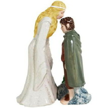 Lord of the Rings Galadriel Kissing Frodo Ceramic Salt Pepper Shakers Se... - $36.76