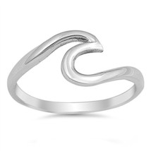CloseoutWarehouse Sterling Silver Wave Design Band Ring (Sizes (7|High P... - $24.09