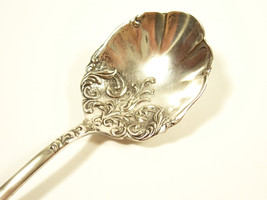 Holmes & Edwards Rialto 1894 Sugar Shell Spoon Silverplate International... - $9.99
