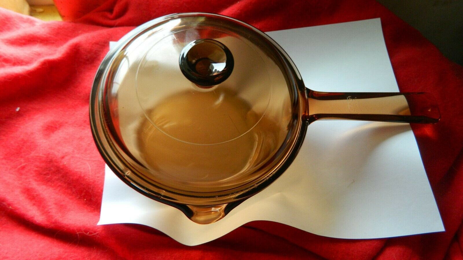 PYREX VISIONS AMBER USA MADE 1 LITER POUR SPOUT SAUCEPAN WITH LID FREE USA SHIP - $37.39