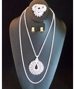 TRIFARI White Lacey Vintage Jewelry Set- Brooch Necklace + Monet Earring... - £60.21 GBP