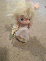 Precious Moments Vtg Home Is Where The Heart Is Doll Music Box Jessy Gar... - $17.81