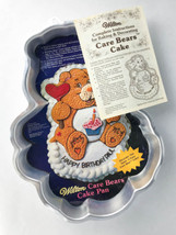 Vintage Care Bears Birthday Bear 1983 Wilton Cake Pan with Instructions - $248,33 MXN