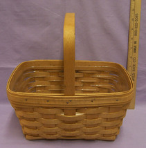 Longaberger 2003 Berry Basket w/ Plastic Liner Brown w/ Fixed Handle - $20.74