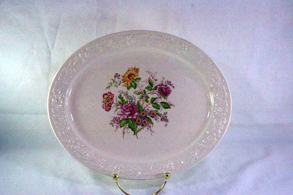 "Homer Laughlin Floral TH6 M47N5 11 1/8"" Oval Platter"