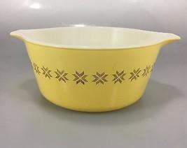 Pyrex Town & Country Yellow 474B Cinderella Mixing Nesting Bowl 1.5 Qt  - $45.57