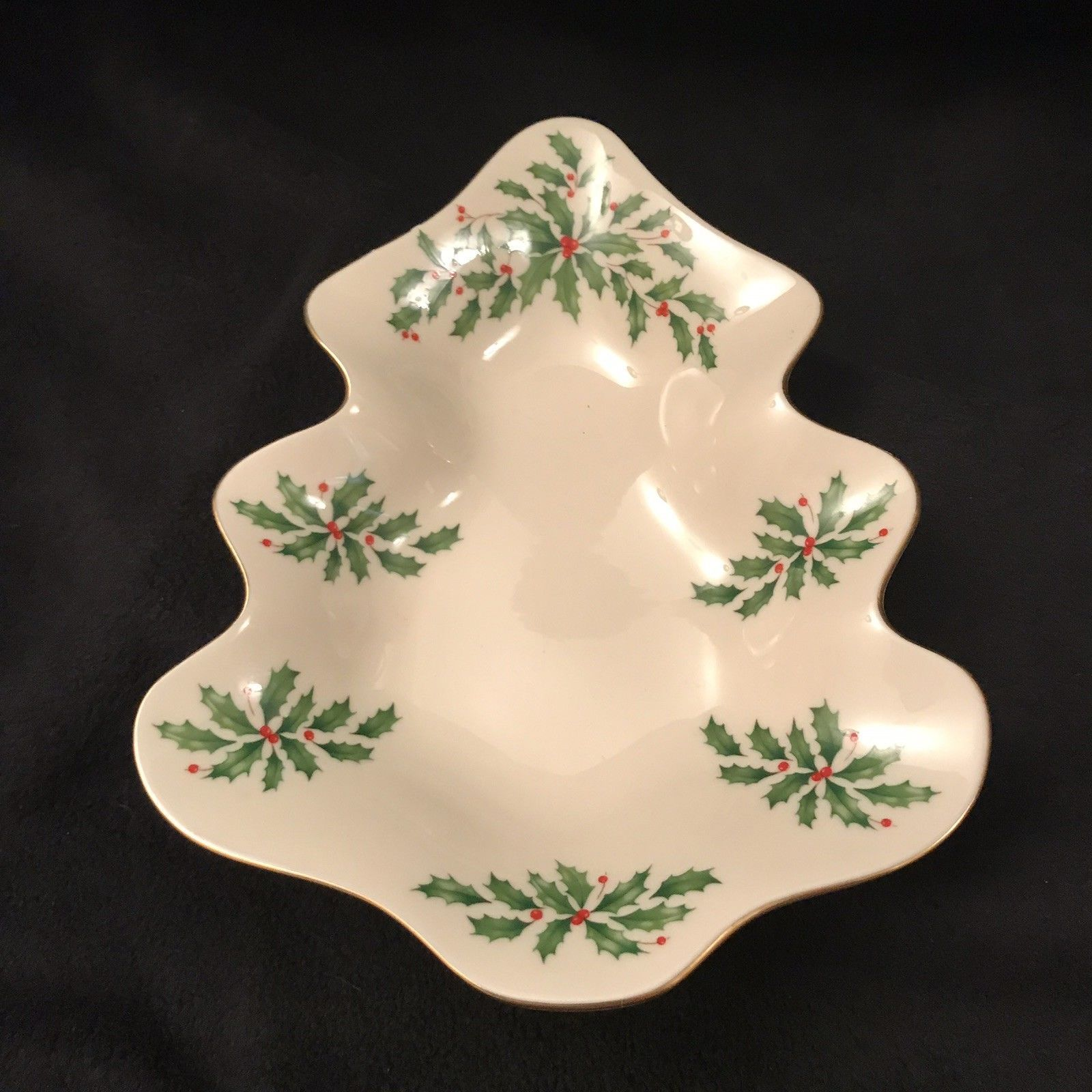 LENOX Holiday Tree Candy Dish Christmas Holly Berry Holder Tray Gold Trim Edge