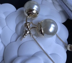 Authentic Christian Dior 2017 Limited Edition Long Pearl Dangle Drop Earrings image 5