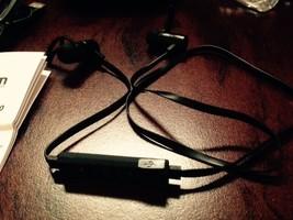 Wireless Bluetooth NFC Sweatproof Earbuds, POM Gear Pro2go BLACK, IN EAR ONLY