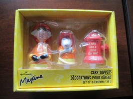 Hallmark MAXINE and her dog Floyd & Hydrant Ceramic Cake Toppers NIB - $15.99