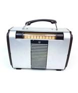 Vintage Tube Radio RCA Victor 8BX6 Globe-Trotter Portable Radio AM 1940's Works - $105.40
