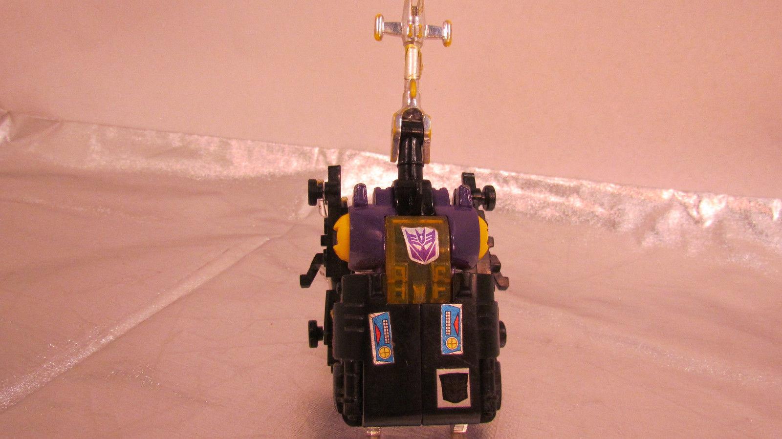 "Vintage Beetle Transformer ""Bombshell"" Figurine Collectible"